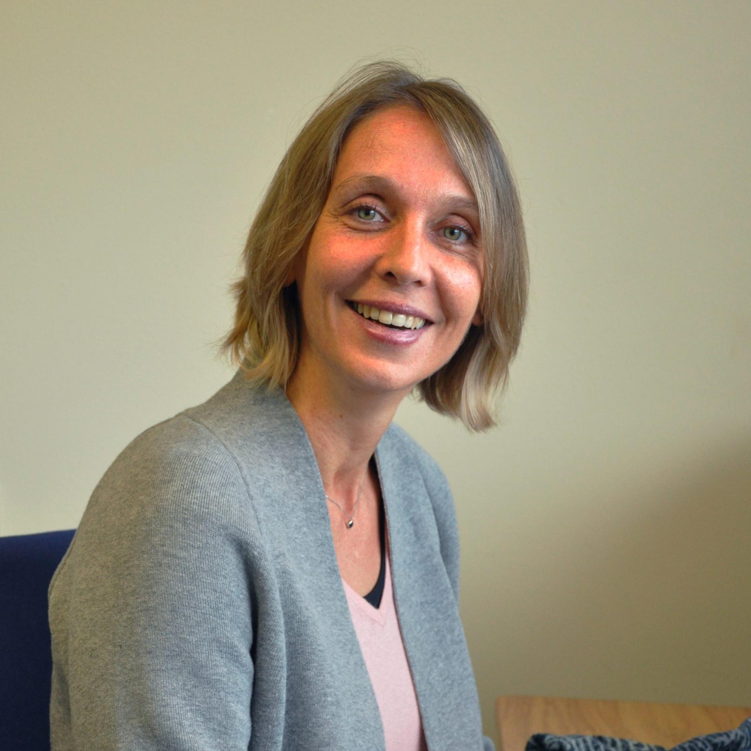 Dr Anne-Christine Poracchia-Kuhm